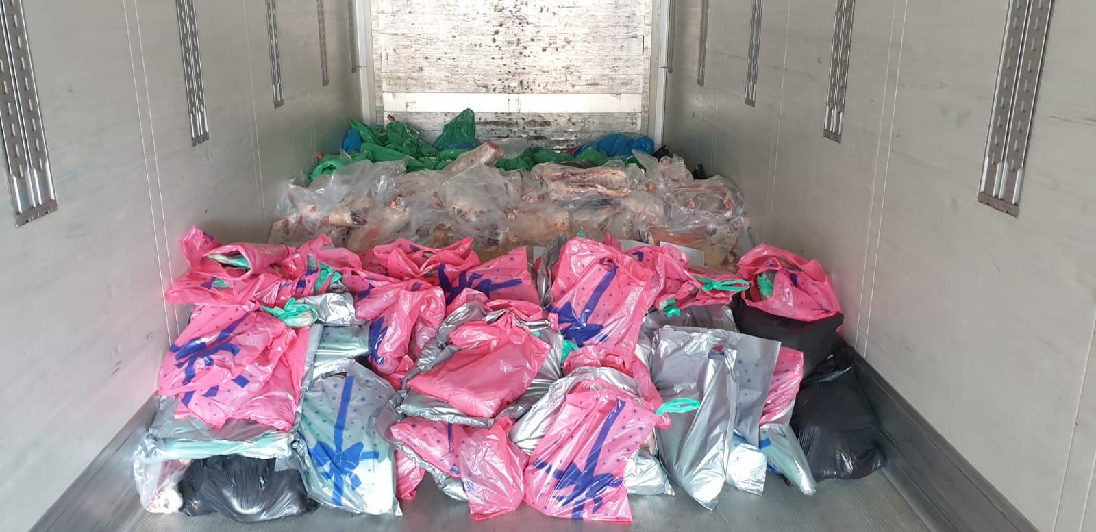 Akcija pakovanja kurbanskog mesa u hladnjaču, u Novom Pazaru